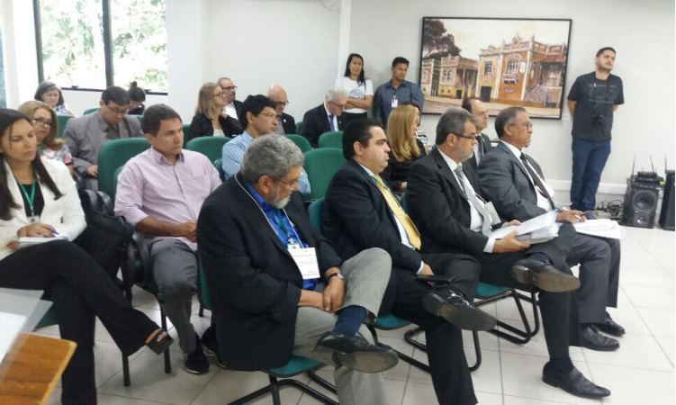 Reitor da UFT participa de Encontro de Reitores em Manaus