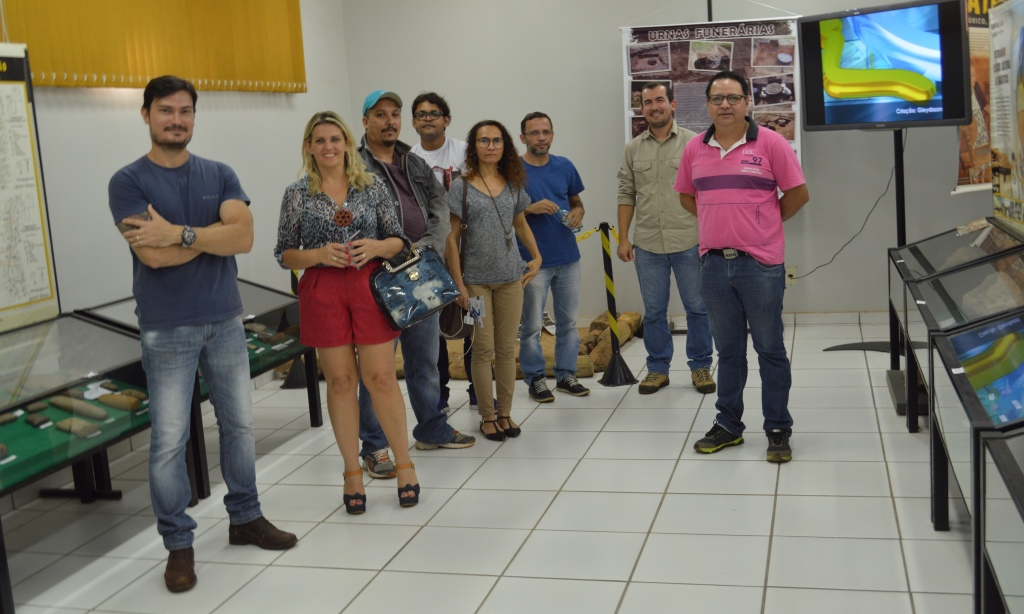 Pós-graduandos de Geografia visitam Acervo Museológico
